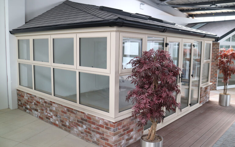 Polar Glaze Showroom Banner Warmroof Tiled Conservatory 2560x1600px